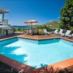Idyllic Villa Pool